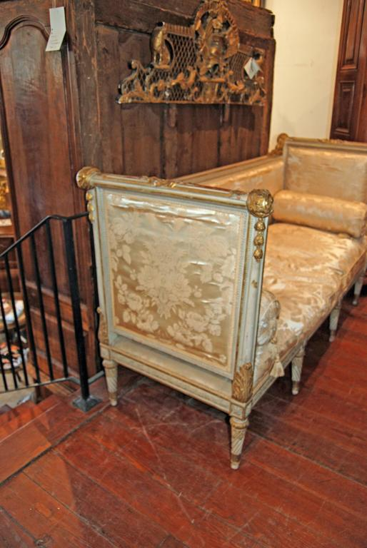 19th century carved and gilded lit de repos at 1stdibs. Black Bedroom Furniture Sets. Home Design Ideas
