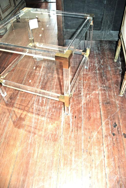 Beautifully simple pair of Lucite tables.