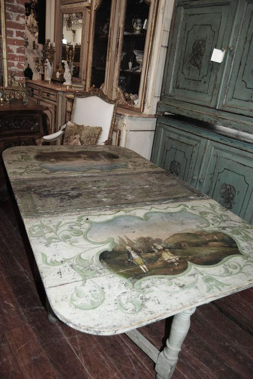 18th century Painted French Gateleg Table In Fair Condition For Sale In New Orleans, LA