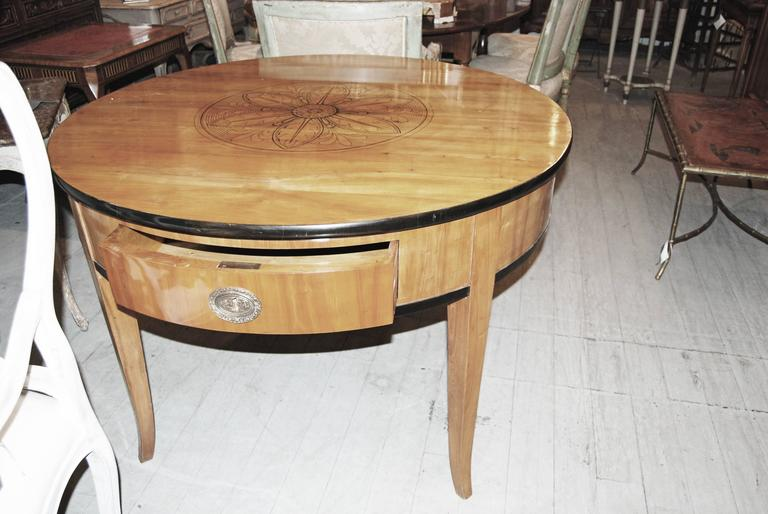 Exceptional Biedermeier Center Table In Excellent Condition For Sale In New Orleans, LA