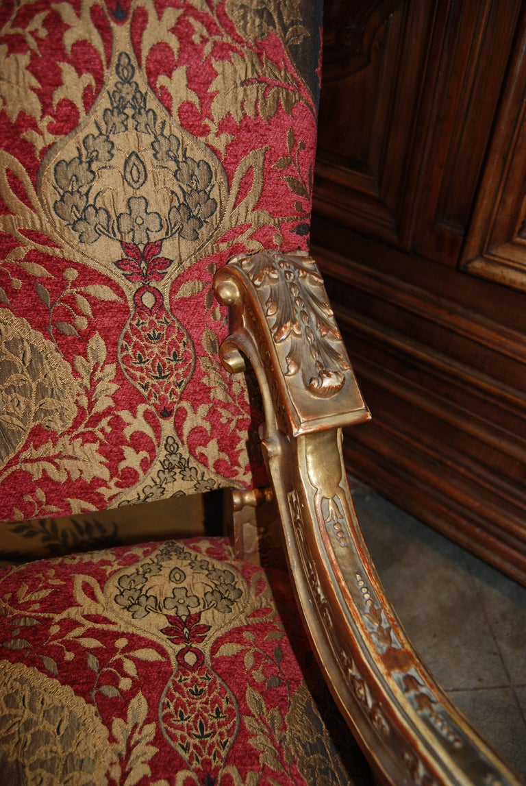Pair of Louis XIV Giltwood Armchairs In Good Condition For Sale In New Orleans, LA