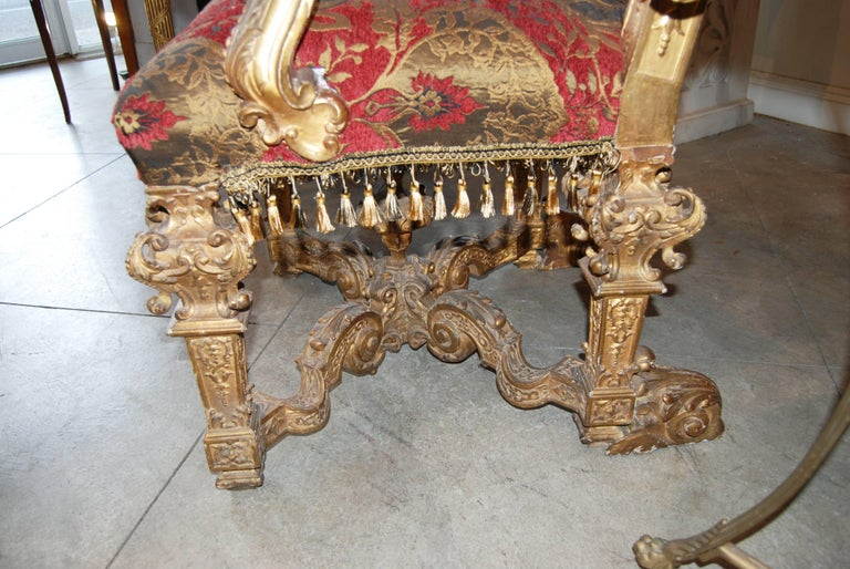 Pair of Louis XIV Carved and Gilded Chairs In Good Condition For Sale In New Orleans, LA