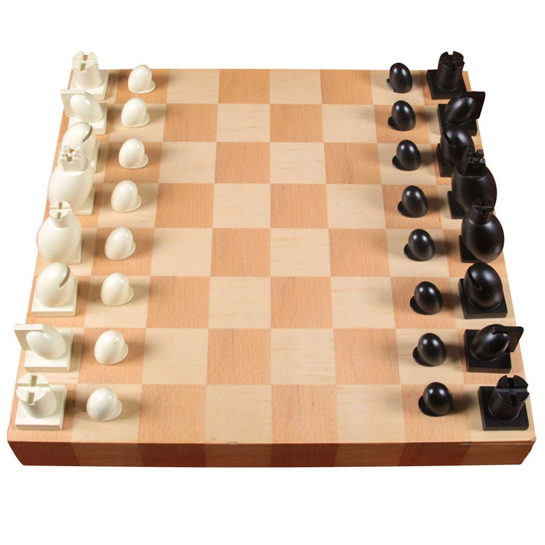 Michael Graves Chess Set, circa 2000 For Sale