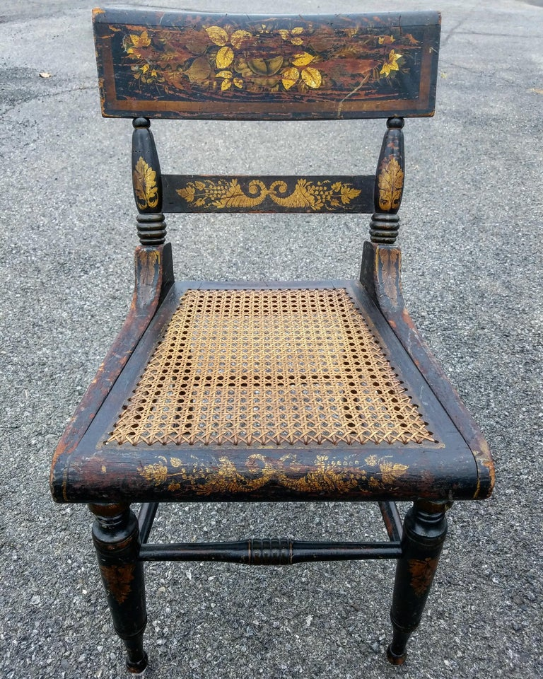 American Classical Set of Four American Fancy Chairs, Baltimore, circa 1820s For Sale