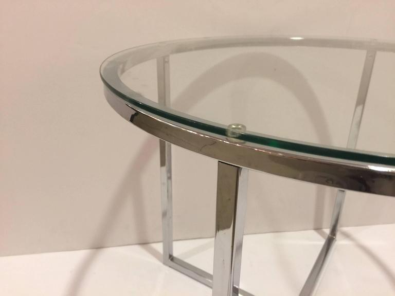 American 1970s Chrome and Glass Round End Table attributed to Milo Baughman For Sale
