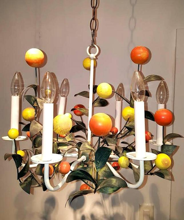 Mid-20th Century Italian Painted Tole and Wood Chandelier For Sale