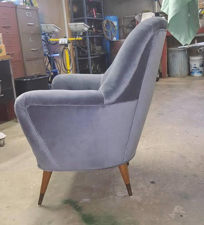 Pair of Italian Salon Armchairs in Grey Velvet, circa 1950 6