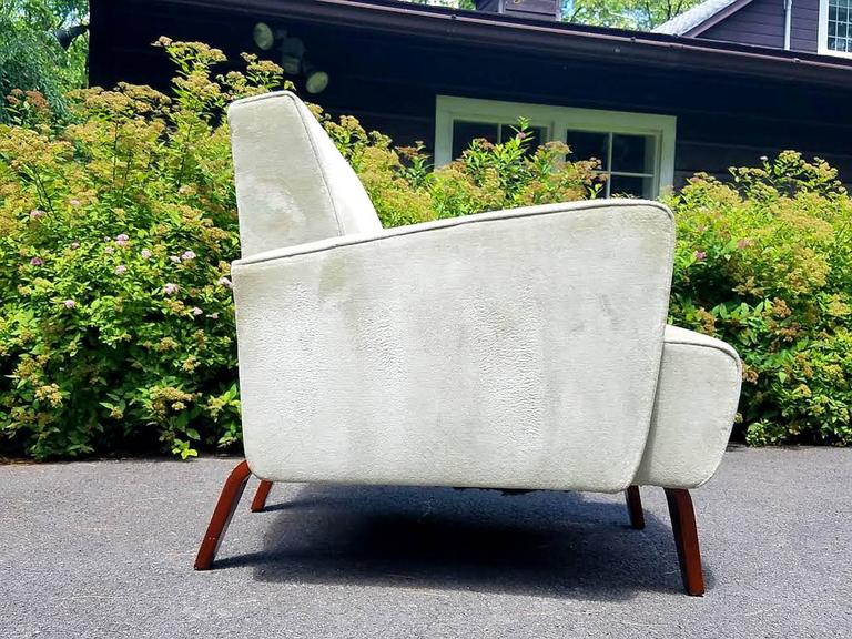 Chic Pair of Art Deco Club / Lounge Chairs For Sale 1