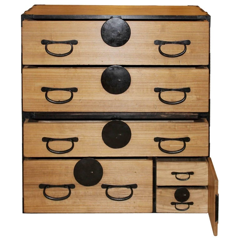 Japanese Kiriwood Clothing Chest In Good Condition For Sale In San Francisco, CA