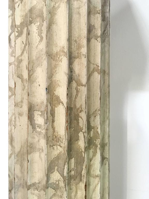 Late 18th Pair of Italian Neoclassical Parcel-Gilt and Faux Marble Doric Columns In Good Condition For Sale In San Francisco, CA