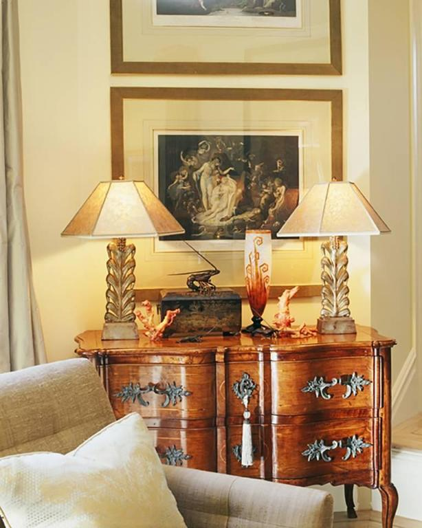Early 18th Century Italian Rococo Walnut Two-Drawer Commode with ...