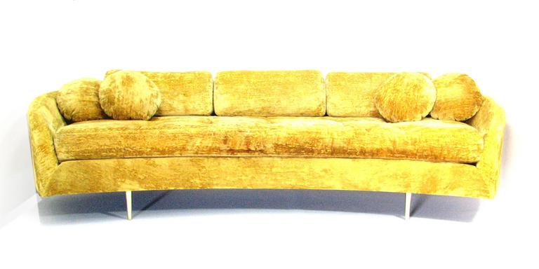 Exceptionnel Dramatic Floating Mid Century Sofa In Original Gold Velvet Upholstery On  Minimal Gold Metal Legs