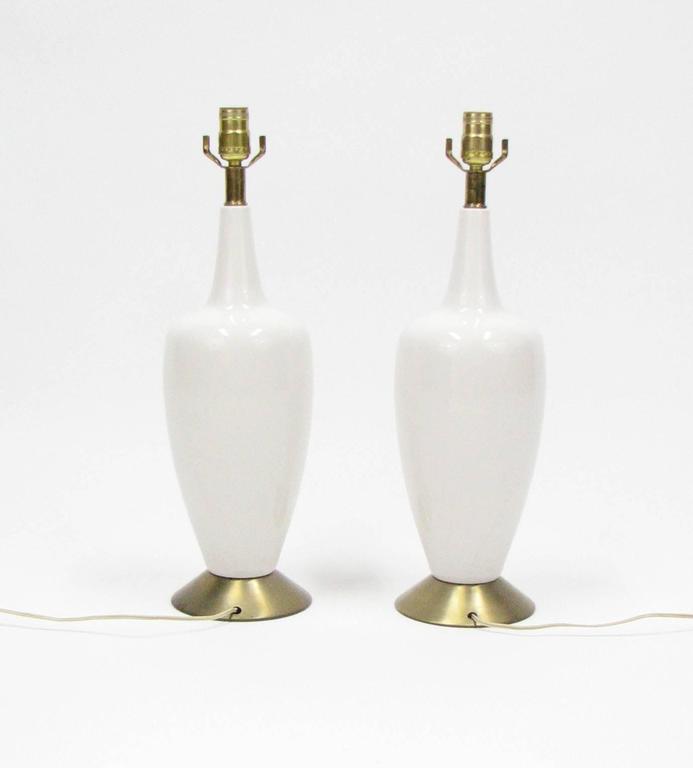 Mid-Century Modern Pair of Mid-Century Ceramic Lamps For Sale