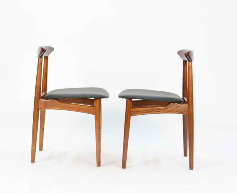 Scandinavian Modern Set of Four Danish Teak Chairs after Hans Wegner For Sale