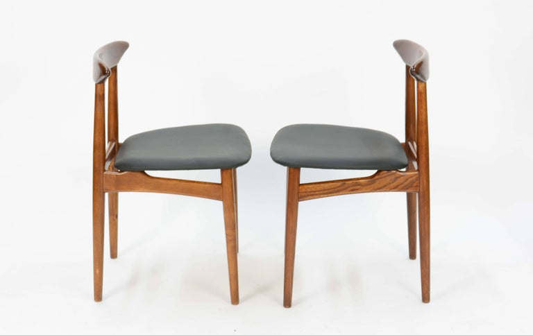 Set of Four Danish Teak Chairs after Hans Wegner In Good Condition For Sale In Portland, OR