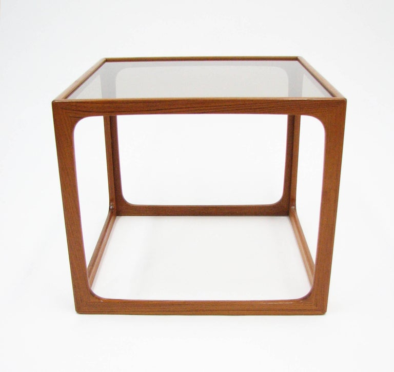 Pair of Teak and Smoked Glass Tables in the Manner of Poul Hundevad For Sale 1