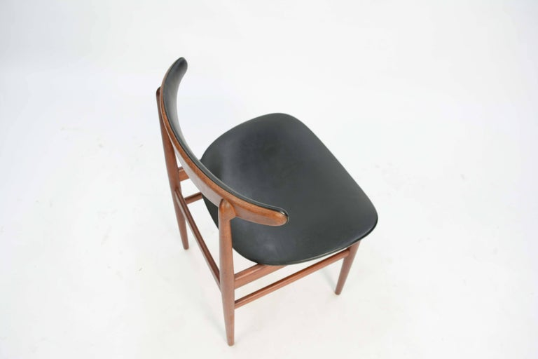 Teak Set of Six 218A Compass Back Chairs by Vamdrup Stolefabrik of Denmark For Sale