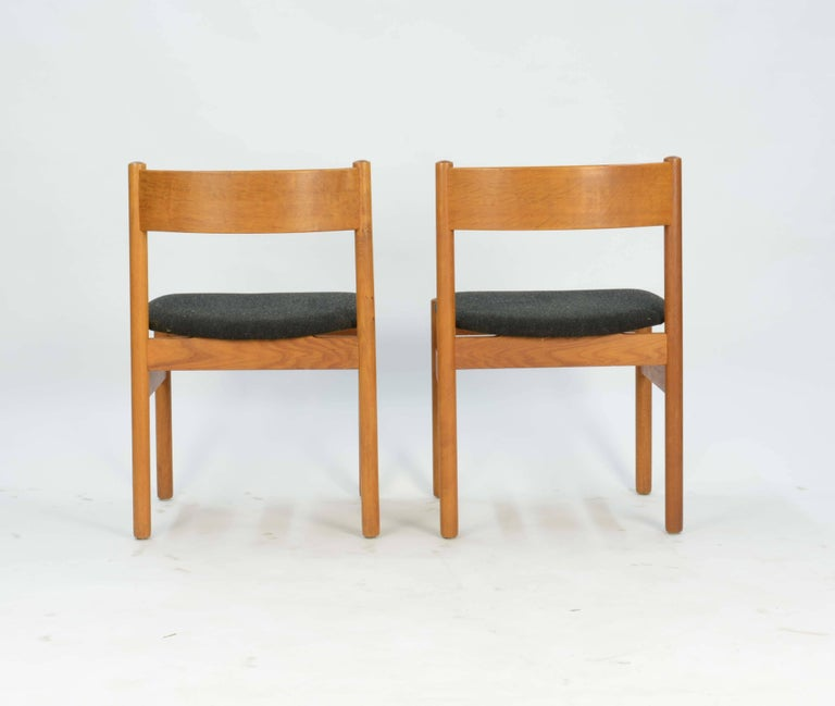 Set of Four FDB Mobler Floating Seat Dining Chairs after Borge Mogensen In Good Condition For Sale In Portland, OR