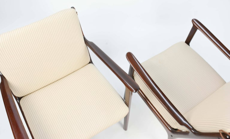 Danish Pair of Ole Wanscher's Club Chair JP112 for P. Jeppesens Møbelfabrik of Denmark For Sale