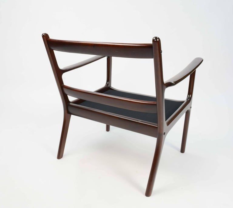 Pair of Ole Wanscher's Club Chair JP112 for P. Jeppesens Møbelfabrik of Denmark For Sale 1
