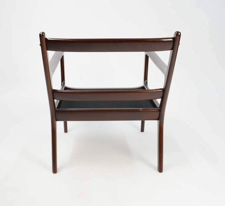 Pair of Ole Wanscher's Club Chair JP112 for P. Jeppesens Møbelfabrik of Denmark For Sale 2