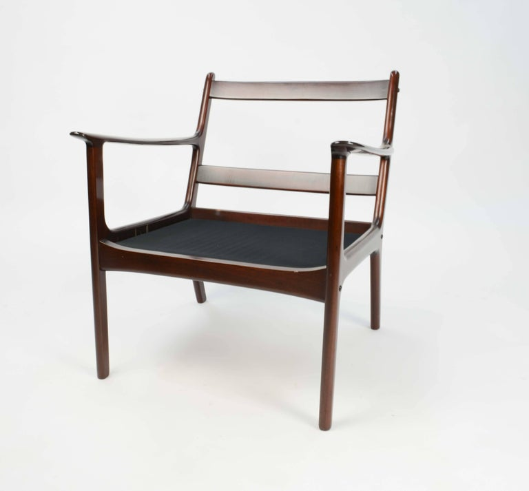 Pair of Ole Wanscher's Club Chair JP112 for P. Jeppesens Møbelfabrik of Denmark For Sale 3