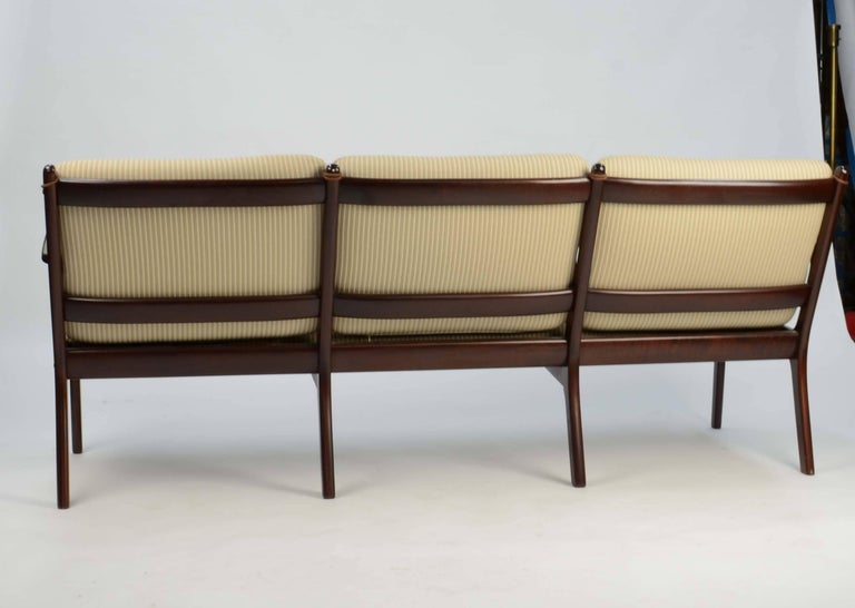 Scandinavian Modern Ole Wanscher's Sofa JP112 for P. Jeppesens Møbelfabrik of Denmark in Mahogany For Sale