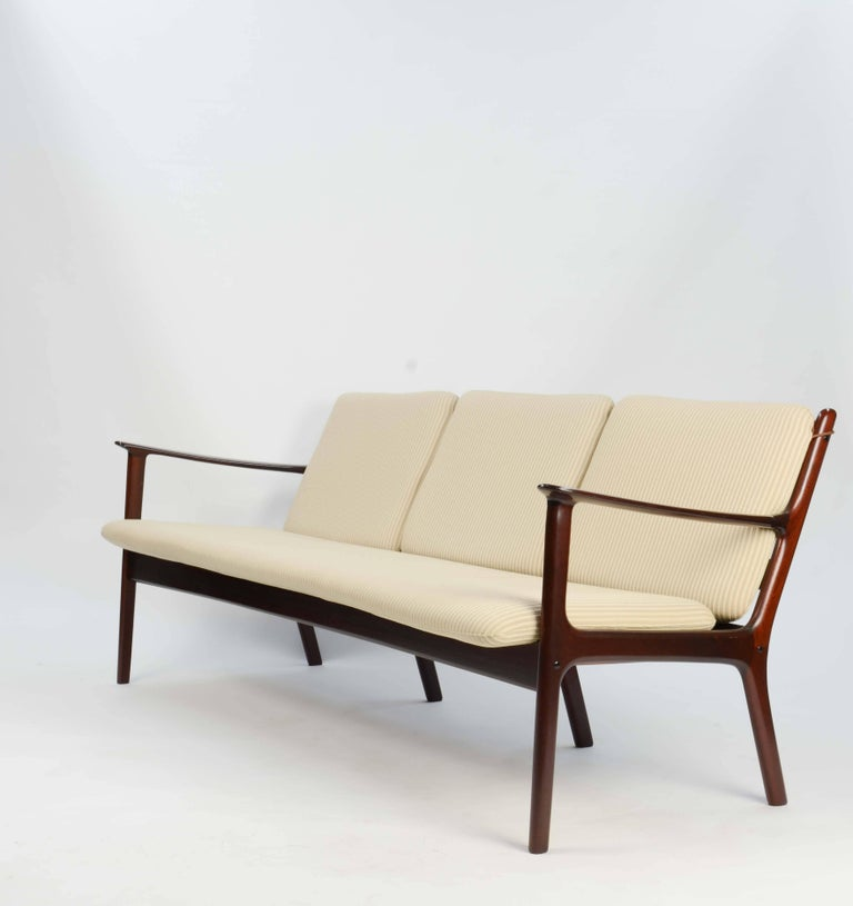 Danish Ole Wanscher's Sofa JP112 for P. Jeppesens Møbelfabrik of Denmark in Mahogany For Sale