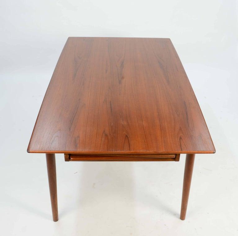 Danish Alfred Christensen's Boomerang Teak Dining Table Slagelse Møbelfabrik of Denmark For Sale
