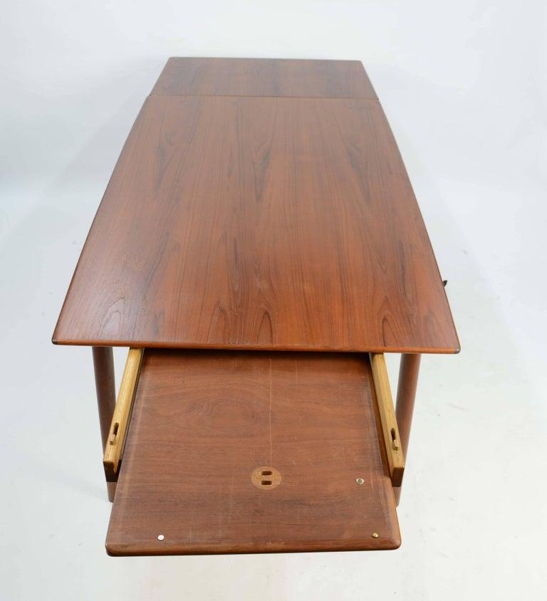 Alfred Christensen's Boomerang Teak Dining Table Slagelse Møbelfabrik of Denmark For Sale 1
