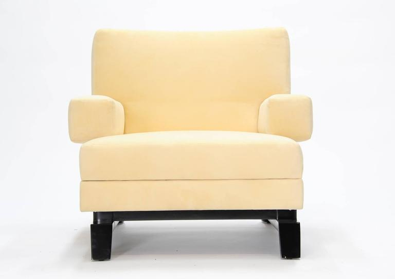 Mid-Century Modern Pair of Paul Laszlo Club Chairs For Sale