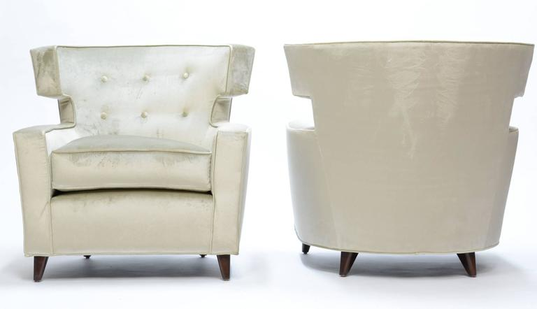 Mid-Century Modern Magnificent Wingback Club Chairs in the Manner of Gio Ponti For Sale