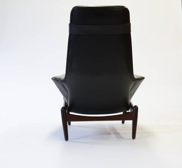 Leather Elegant PD 30 Chair by Ib Kofod- Larsen for Povl Dinesen Reclining Club Chair For Sale