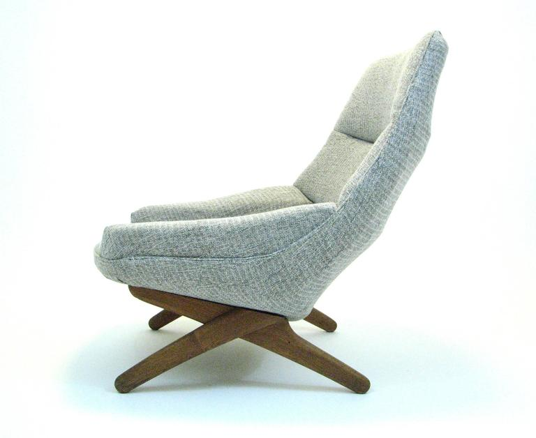 Danish ML 91 Lounge Chair by Illum Wikkelsø for Mikael Larsen In Good Condition For Sale In Portland, OR