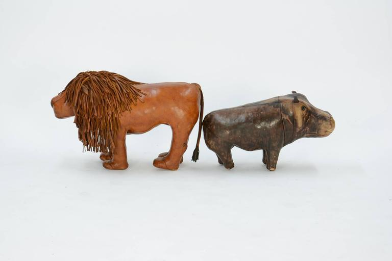 14-Piece Zoo by Dimitri Omersa for Abercrombie & Fitch In Fair Condition For Sale In Portland, OR