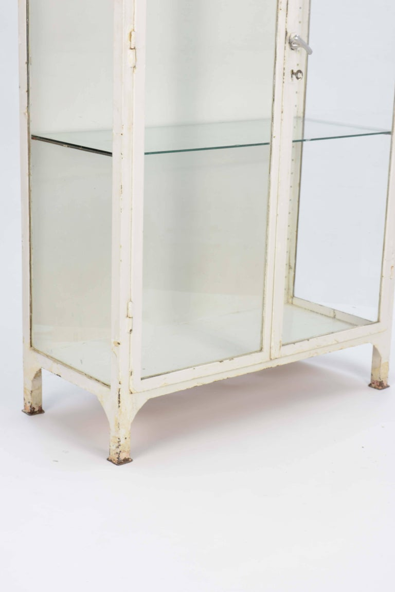 Up to Three 1940s Double Bank Steel Medical Cabinet For Sale 3