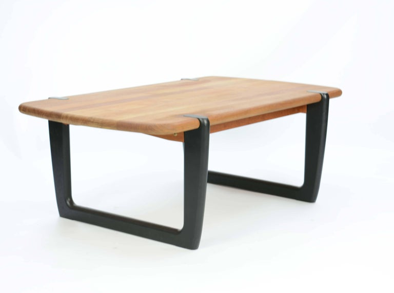 Late 20th Century Organic and Monumental Danish Teak Coffee Table For Sale