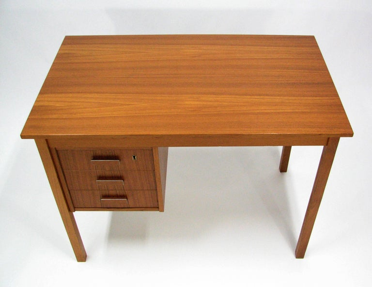 Midcentury Teak Writing Desk by Ejsing Møbelfabrik 2
