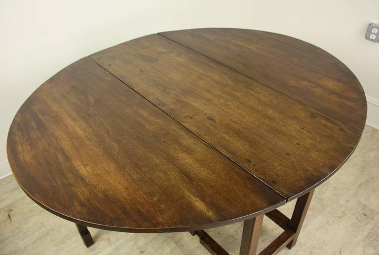 18th Century Period English Oak Gateleg Dining Table For Sale