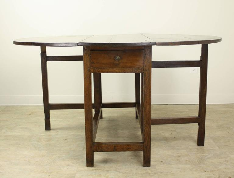Period English Oak Gateleg Dining Table For Sale 3