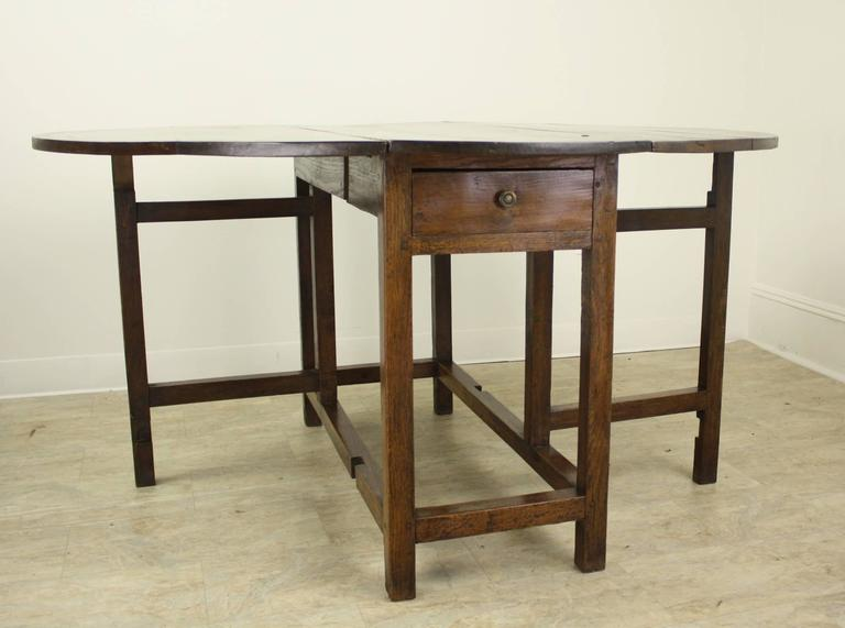 Period English Oak Gateleg Dining Table For Sale 4