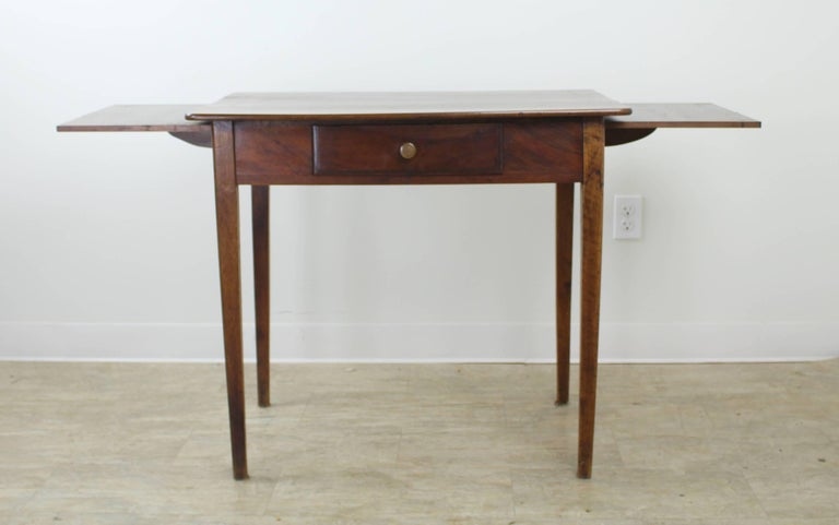 Antique Walnut Side Table with Side Extensions In Good Condition For Sale In Port Chester, NY