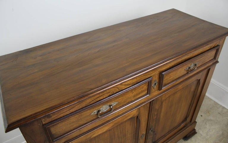 Antique French Two-Door Elm Buffet For Sale 1