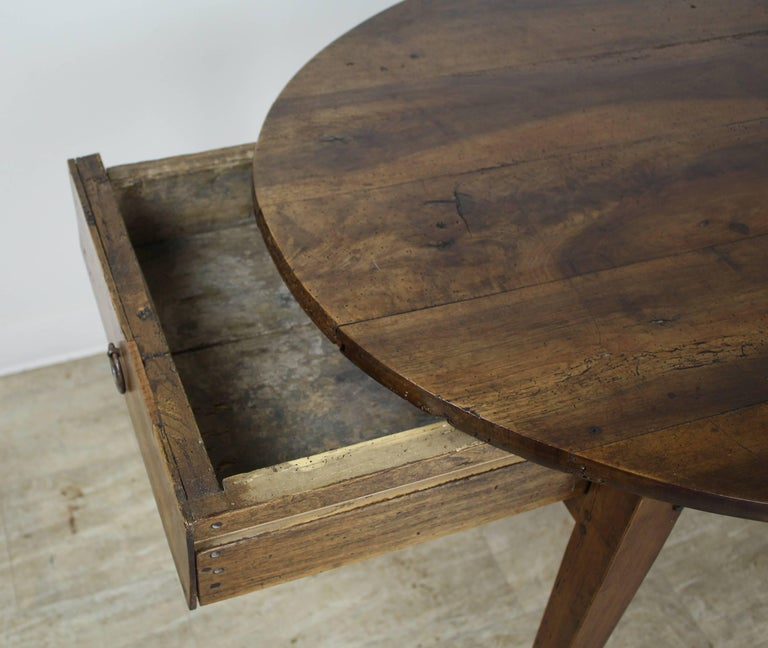 Antique Oval Walnut Occasional Table with One Drawer 6
