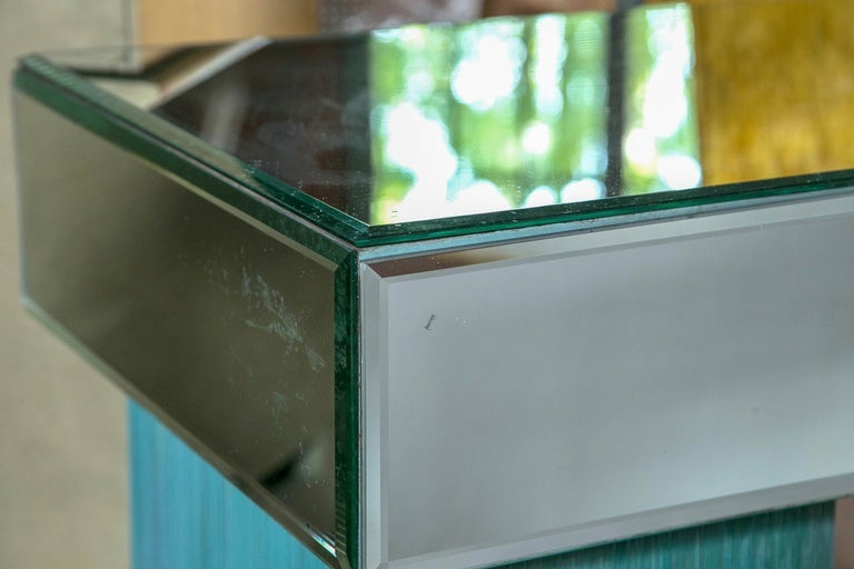 Turquoise and Mirrored Dressing Table In Good Condition For Sale In Stamford, CT