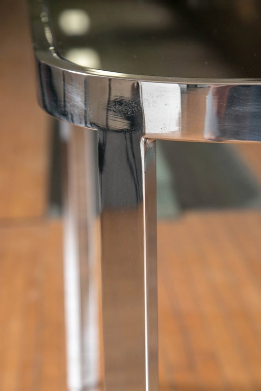 Directional Chrome Side Tables In Excellent Condition For Sale In Stamford, CT