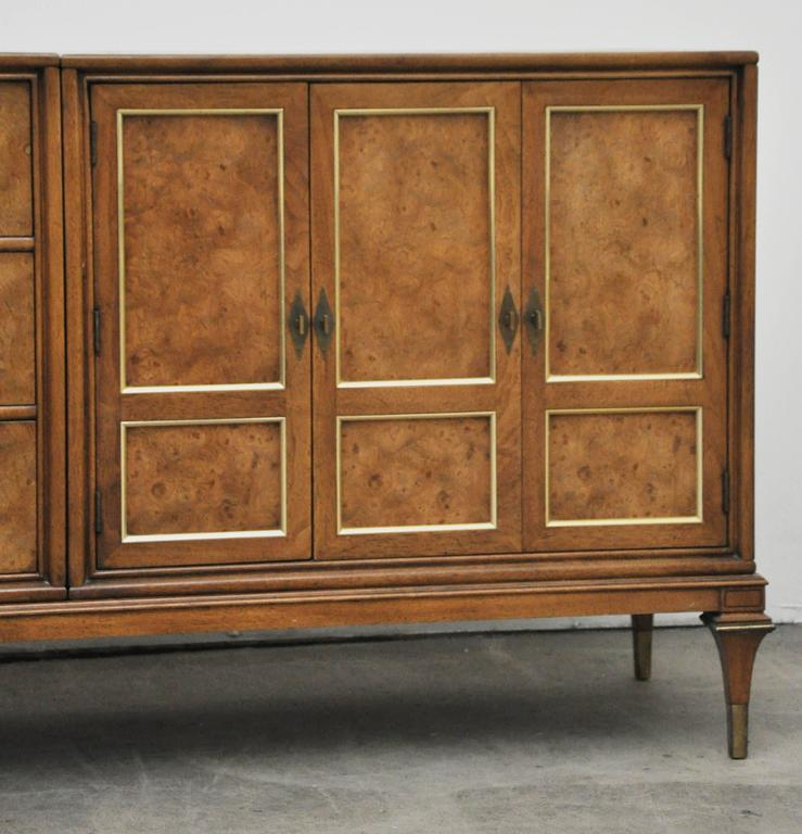 Mastercraft Burled Wood Credenza In Excellent Condition For Sale In Stamford, CT