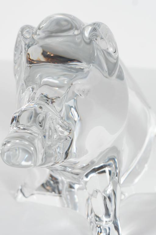 Modernist Baccarat Crystal Sculpture of a Wild Boar or a Razorback In Excellent Condition For Sale In New York, NY