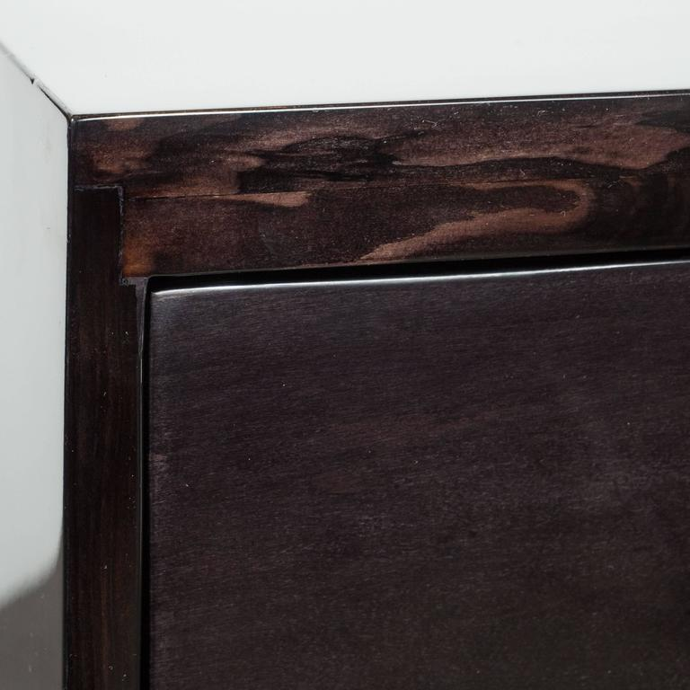 American Pair of Mid-Century Ebonized Greek-Key Nightstands/End Tables w/ Greek Key Pulls For Sale