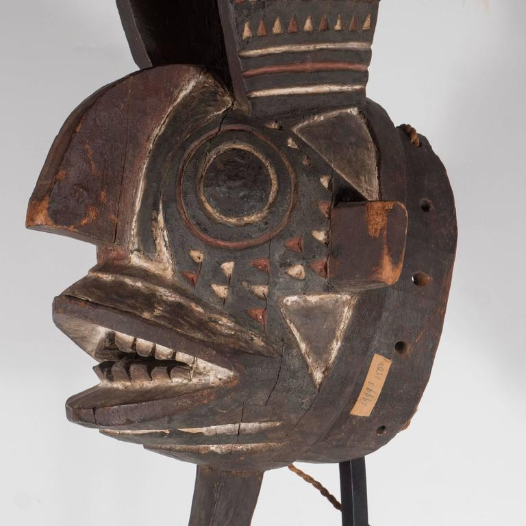 19th Century Bwa Mask Burkina Faso Mounted on Custom Black Enamel Stand 5